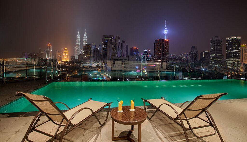 WP Hotel Kuala Lumpur infinity pool